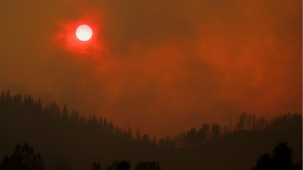 red-sunset-california-wildfire-1024x576